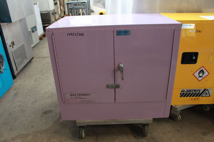 Other BCC55100L Corrosives Cabinet