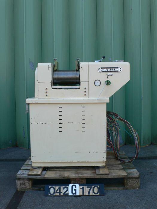 Buehler SDY-200 - Three roll mill
