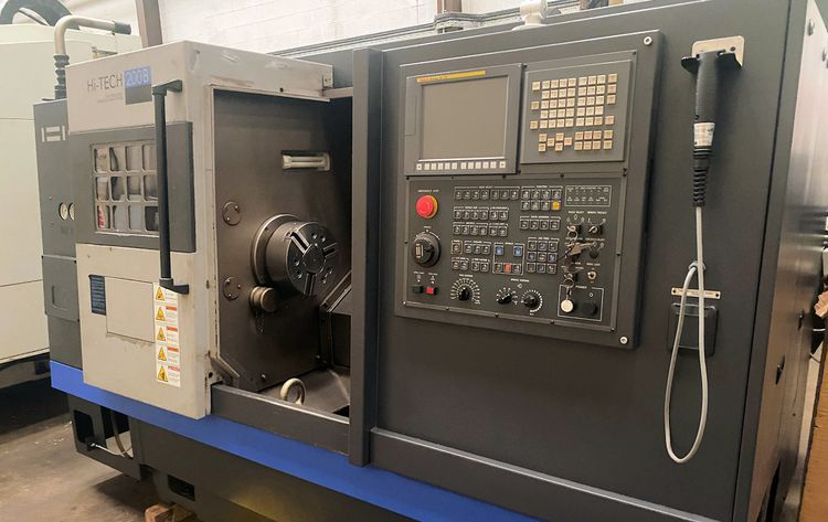 Hwacheon Fanuc OI-TD with iGuide 3500 rpm Hi-Tech 200B 2 Axis