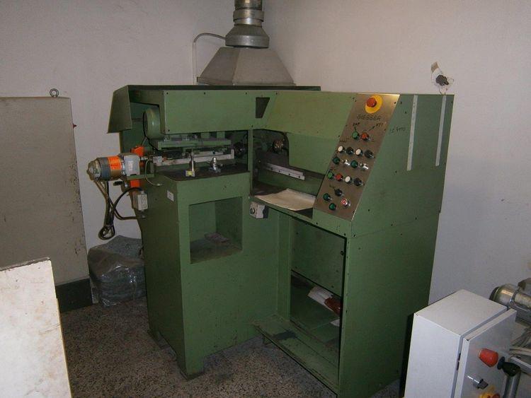 Giesser, Sharpening machine for the chenille machine blades