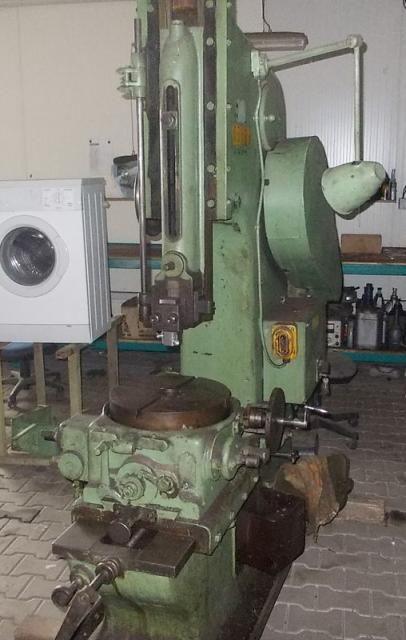 GDR Obrážečka shaping and slotting machines Variable