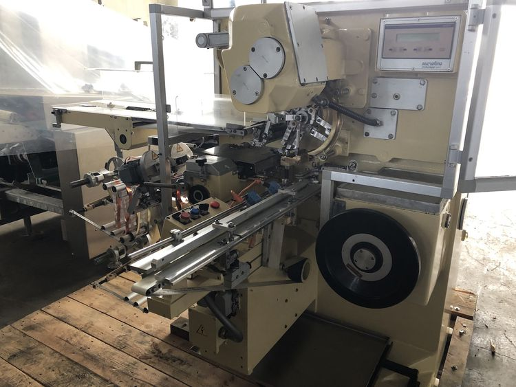 Nuovafima DT013  Double Twist Candy Wrapping Machine