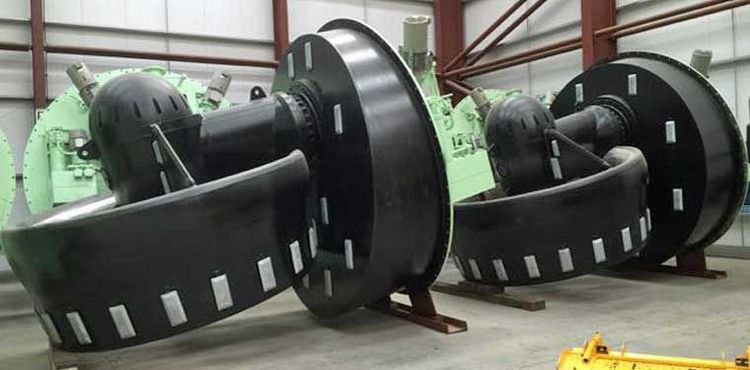 8  2,529 kW Azimuthing Thrusters w/ Controls