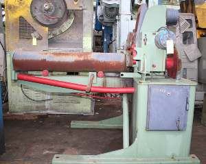 R M G POWERED PAYOFF WITH STRAIGHTENING & FEEDS ROLLS 4000lb