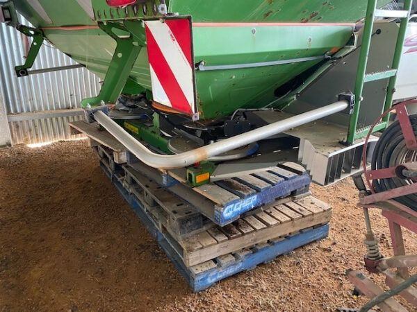 Amazone ZAM3000 Fertilizer/Manure Spreader