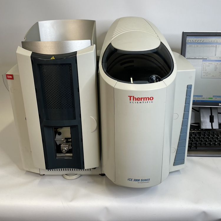 Thermo Scientific iCE3300 Atomic Absorption Spectrometer with SOLAAR s/w & Lamps