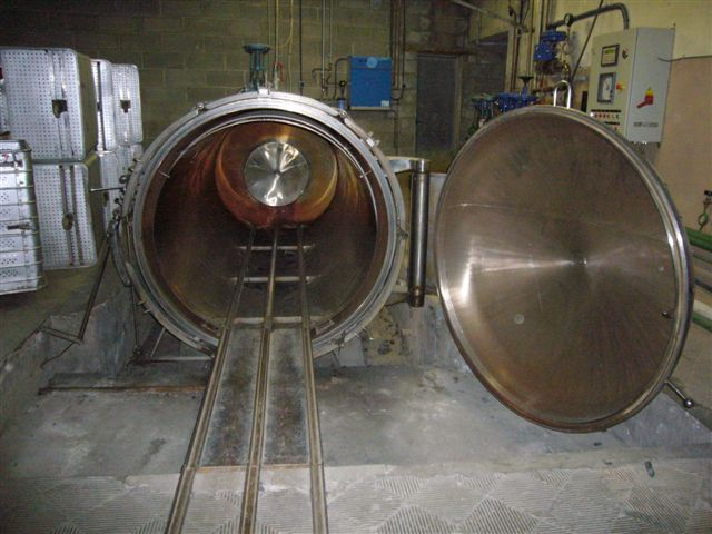 Moline Yarn steaming autoclave