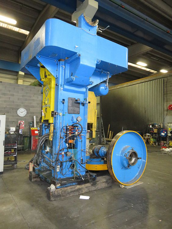 Hasenclever 224 500 TON