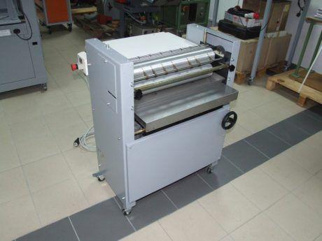 Zechini Junior R, Gluing machine