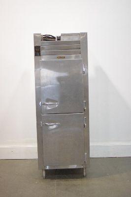 Traulsen RLT132WUT Freezer