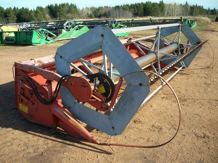Massey Ferguson 9013 Cutting Platforms