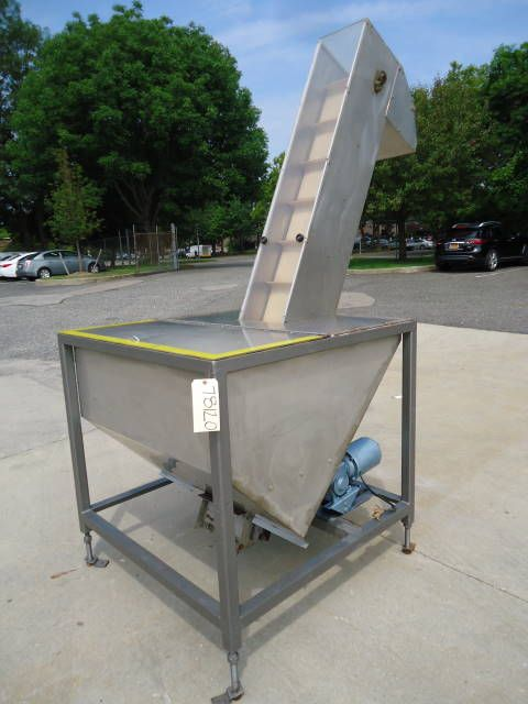 Others E-1, Inclined Cleated Belt Feeder/Conveyor