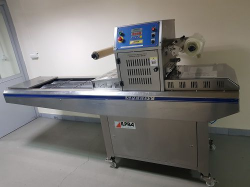 Ilapak DELTA 2000 LDR Length: up to 600 mm  Width: 300mm  Height: up to 100mm Flowpack Machine