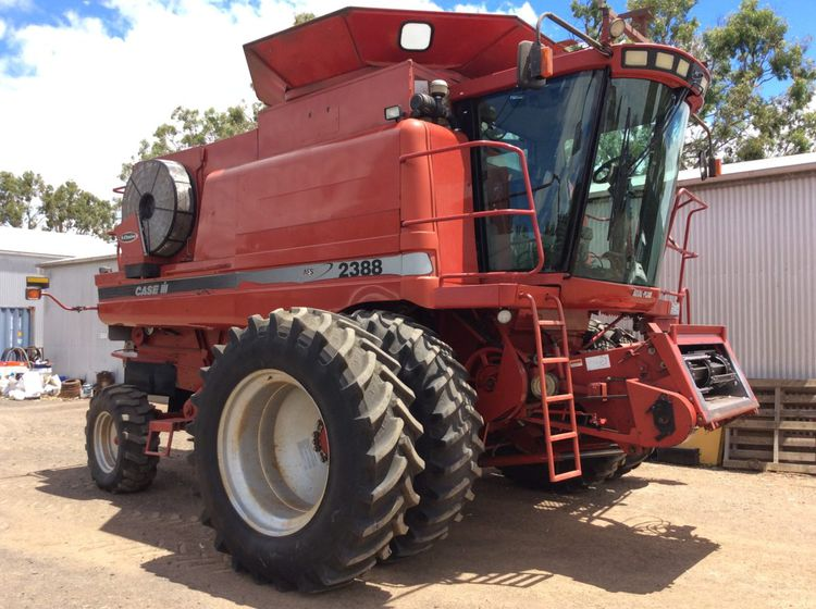 Case 2388 Combine harvesters