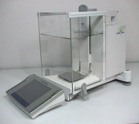 Mettler Toledo XP205 Analytical Balance with Optional Printer
