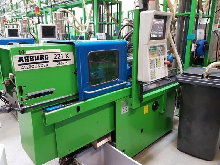 5 Arburg Injection molding machine 25 T