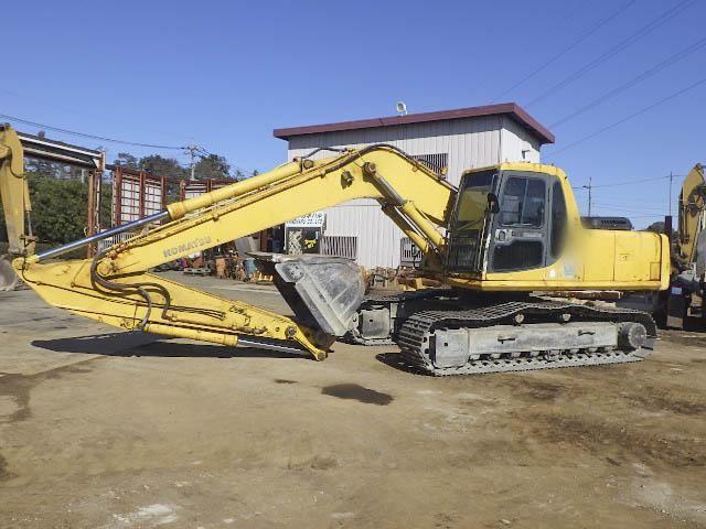 Komatsu PC230-6E Excavator