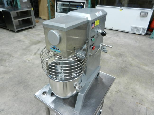Univex SRM12 x Univex SRM12 Countertop Mixer