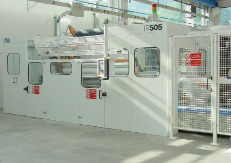 PCMC year 2005 complete  type  IR505 rewinder line w/ log saw & MAC DUE Packaging, in operation, 550 m/mn