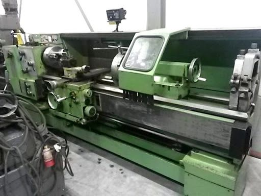 TOS Engine Lathe Variable SUI-50A