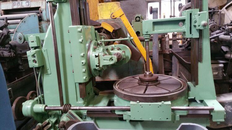 Pfauter 500mm Variable Gear Hobbing Machine