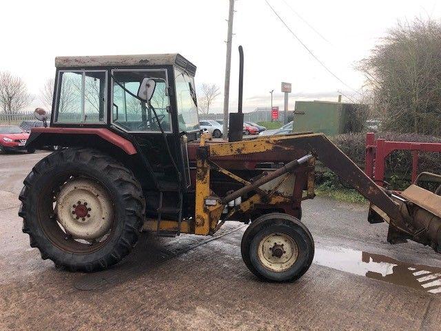 HYDRO 84 Tractors
