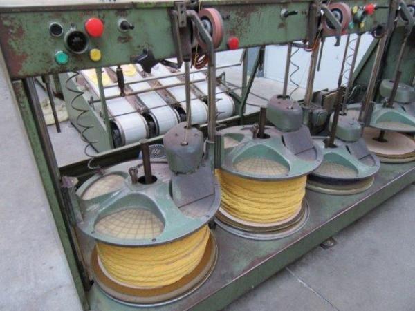 Lawer Yarn bulking machine
