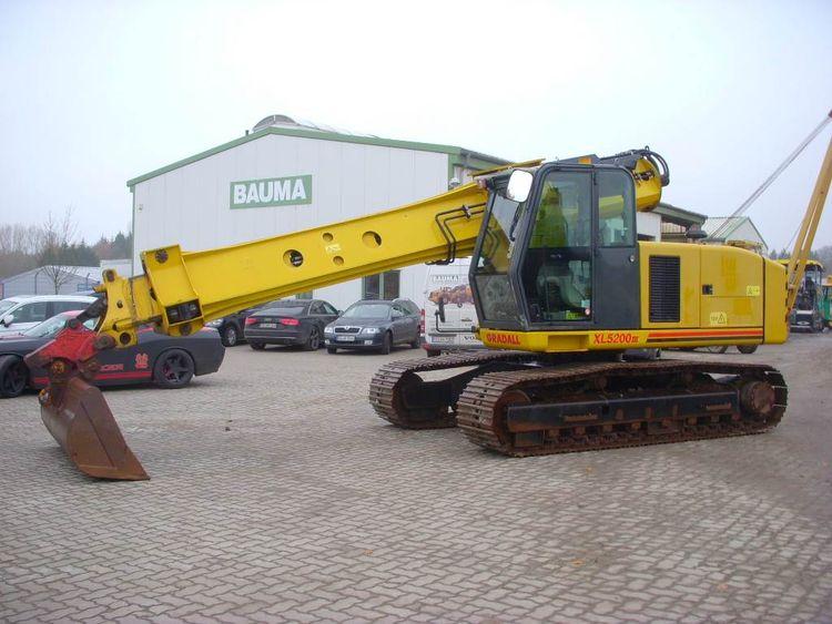 Gradall XL 5200 III Crawler excavators