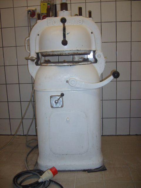 Fortuna A3, dough machines