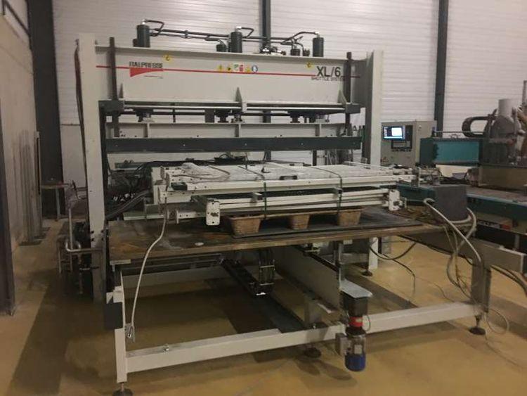 Italpresse Automatic loading press