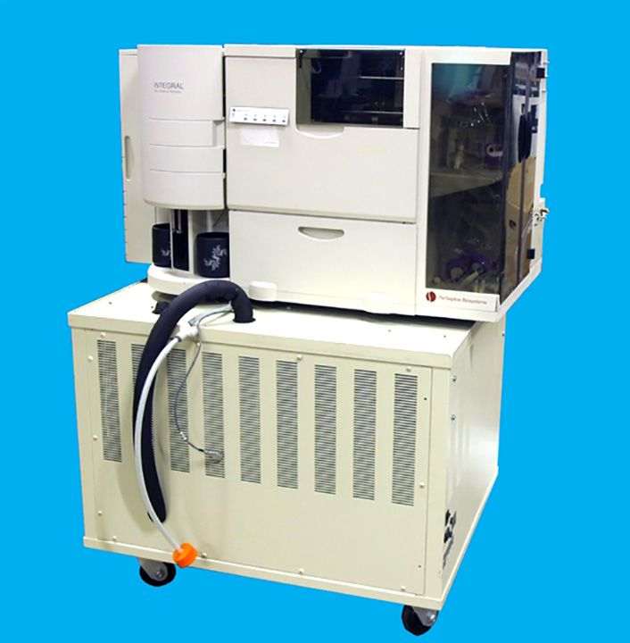 Perseptive Biosystems Peptide Synthesizer MPS