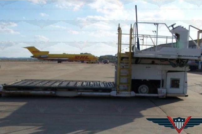 JBT COMMANDER 15 Aircraft Container / Pallet Loader