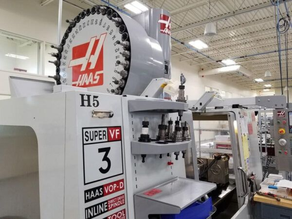 Haas VF-3SS with Rotary Table 3 Axis