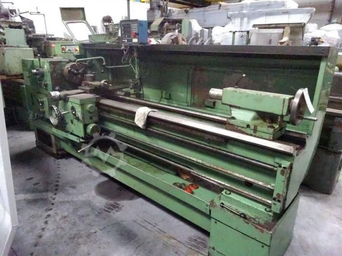 TOS Engine Lathe Variable SUI 40/2000