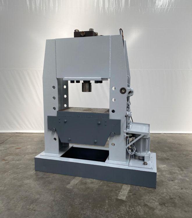 LMF 200 200 Ton