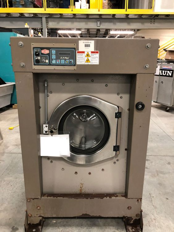 Milnor 30022X8J 60 Lb. Washer Extractor