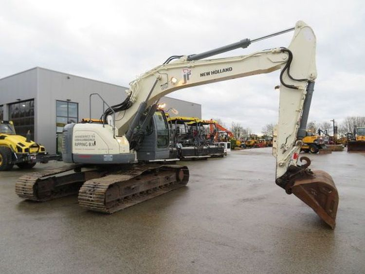 Kobelco E235 SR-1ES Excavator