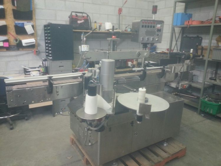 UNI-PHARMA UNI-600 Automatic Labeling Machine