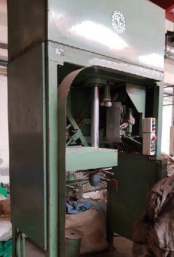 St eloi 400 Bumps press