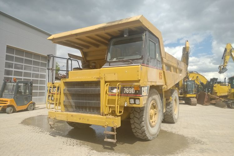 Caterpillar 769D Rigid Dump Trucks