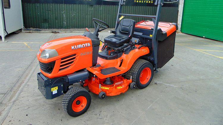 Kubota G23-11 Ride-on lawnmower