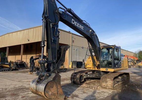John Deere 210G LC Crawler excavators