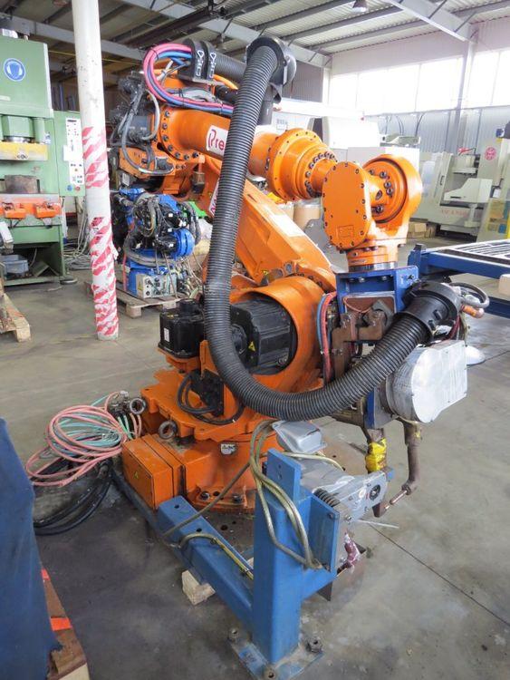 Nachi Spot Welding Robot  ST 166-02 6 Axis 166 kg