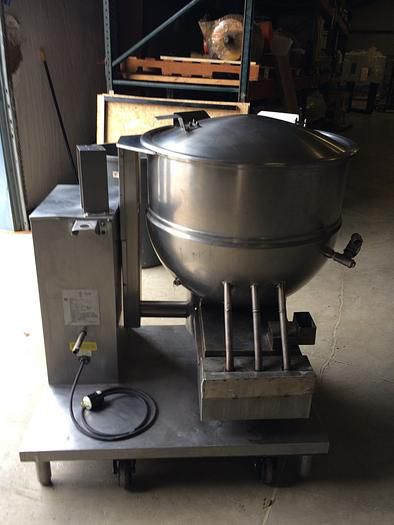 Groen DHT/P-60 TILTING SELF CONTAINED NAT. GAS STEAM KETTLE