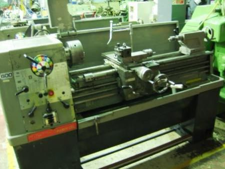 Colchester Engine Lathe Max. 1800 rpm Student 1800
