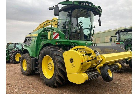 John Deere 9600i Self-Propelled Forage Harvester