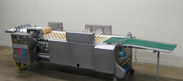 Naege APS CHARLIE pastry folding machine