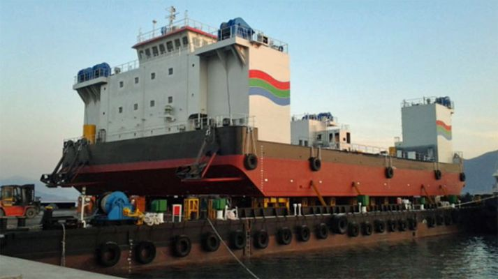 1,500 Tonne Jack Up Barge GRT/Displacement: 2,818 / 4,800