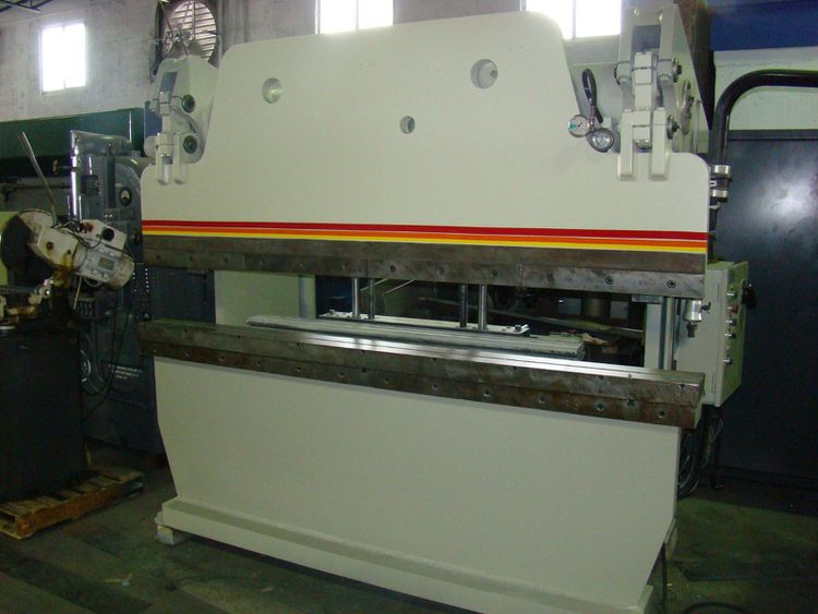Accurpress 71008 Max. 100 Ton