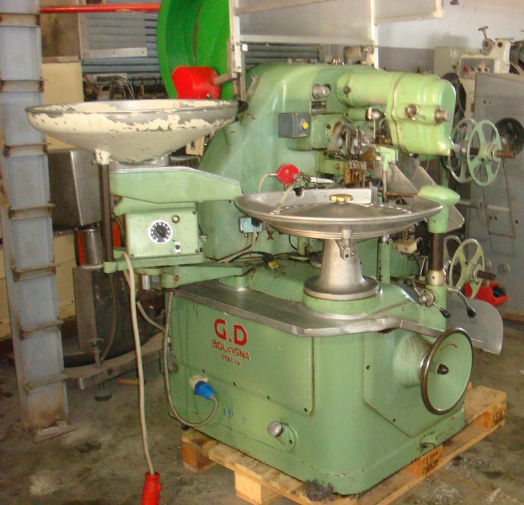 Other GD 2400  Single Twist Hard Candy Wrapping Machine